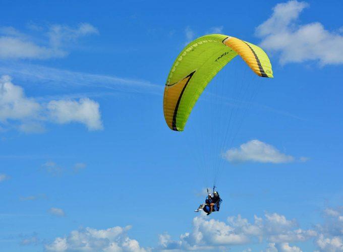 Paragliding in Kullu Manali